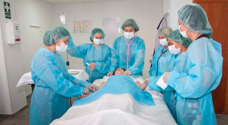 CFGM Tecn. Cuidados Auxiliares de Enfermería en Barcelona - TOP aul@